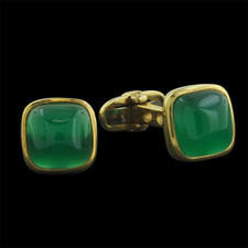 019CO7 - Beautiful pair of 18kt yellow gold green quartz cuff links.  These cuff links are 1/2 inch in diameter. Made in Italy