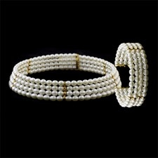 Estate Jewelry Pearl necklace and bracelet set in 18kt gold