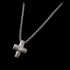 Religious Jewelry Platinum cross with diamond