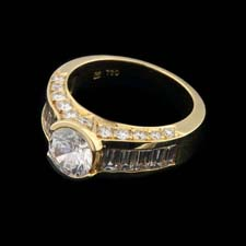 Gumuchian 18kt yellow gold round and baguette diamond ring