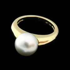 High polish 18kt yellow gold and south sea silver-gray pearl ring with 10mm pearl