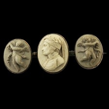 Estate Jewelry 19th century cameo brooch