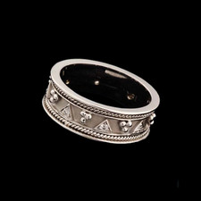 Closeout Jewelry Eli 18kt white gold Etruscan band