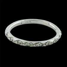 Closeout Jewelry engraved 18kt white gold diamond band