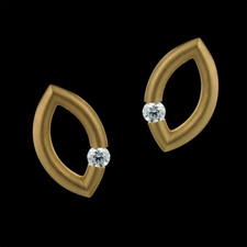 Steven Kretchmer Yellow gold Kretchmer mango diamond earrings