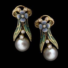 Lovely and dainty Nouveau Collection enamel earrings featuring diamond accents and pearl centerpieces. The diamonds are VS F-G and weigh .58ct total. The pearl is a South Sea and measures 10.0mm.