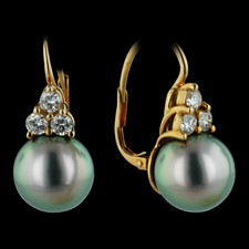 Pearl Collection Black Tahatian Pearl and Diamond earrings