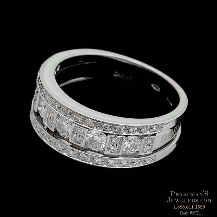 A Beautiful 18kt White Gold Diamond Wedding Ring From The