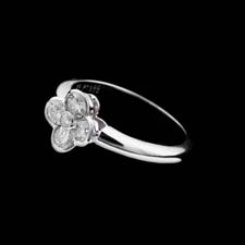 Gumuchian Platinum Gumuchian flower diamond ring