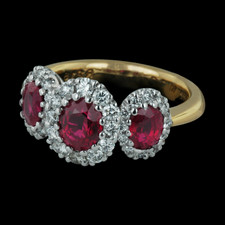 Spark Classico collection 18k three stone ruby ring