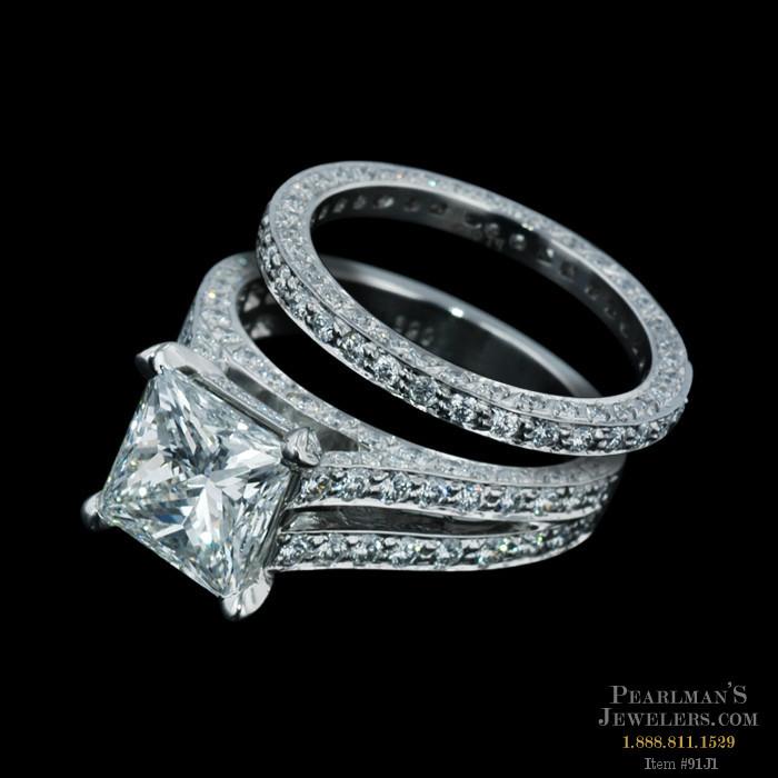 Gumuchian Jewelry Eiffel Tower Ring Wedding Set